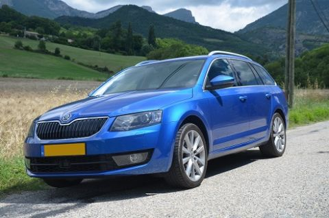 skoda octavia combi 1 4 tsi 140pk greentech elegance bus. Black Bedroom Furniture Sets. Home Design Ideas