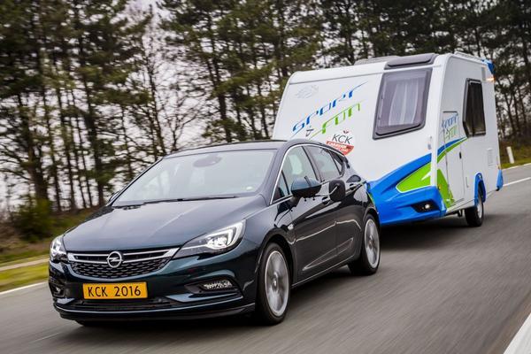 Opel Astra is 'Trekauto van het jaar 2016'