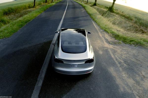 Ook Tesla Model 3 krijgt Ludicrous Mode