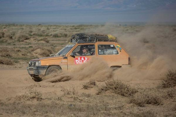 Video: Fiat Panda goes Mongol Rally - Deel 7
