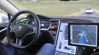 Exclusief: zelfrijdende Tesla Model S