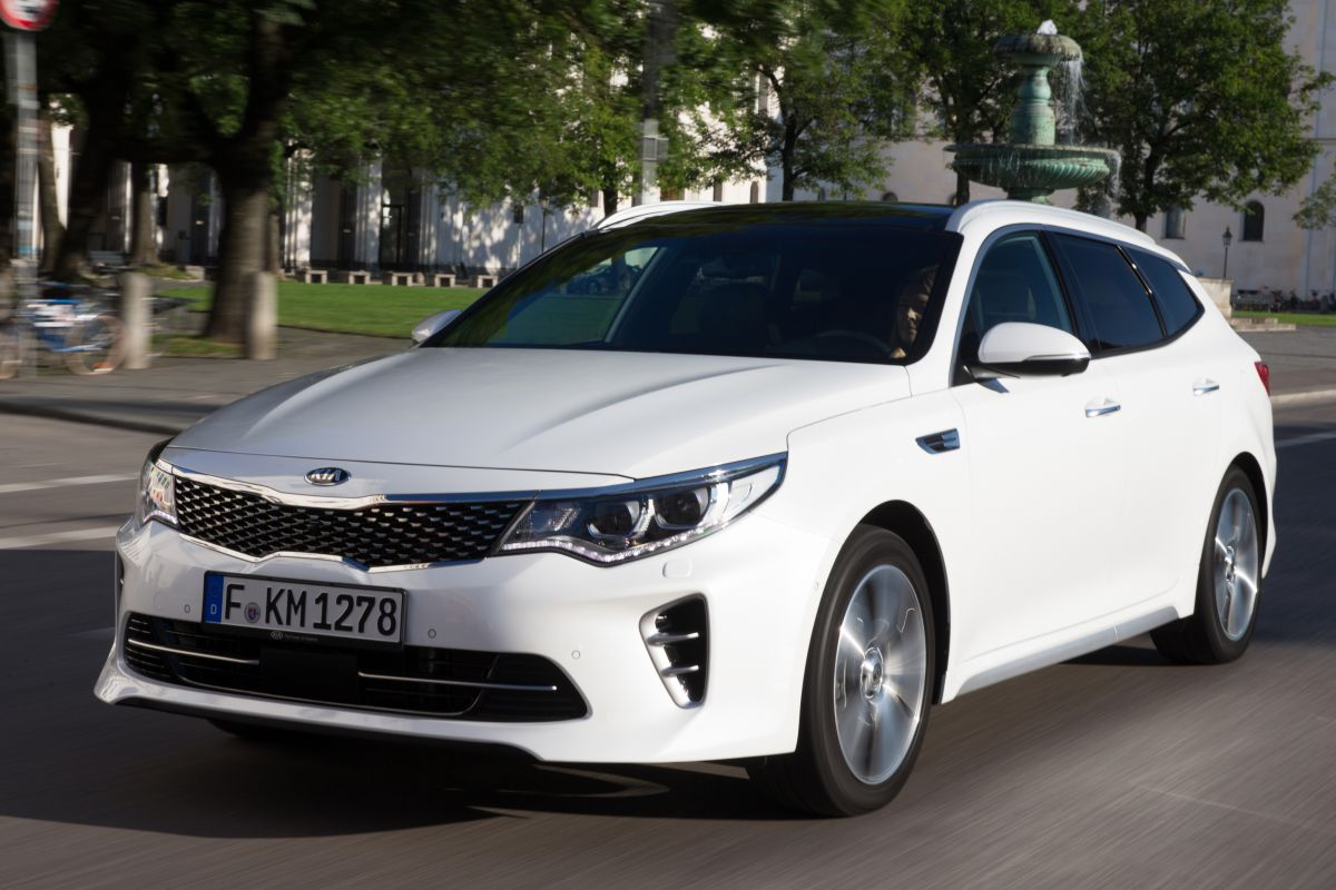 kia optima sw phev rijimpressies. Black Bedroom Furniture Sets. Home Design Ideas