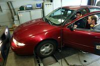 Chevrolet Alero op de rollenbank