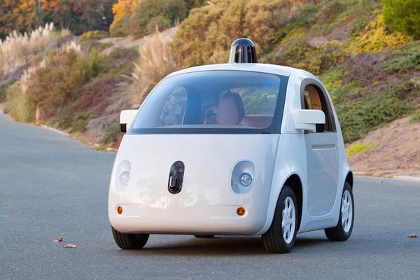 'Autofabrikanten nemen Apple en Google serieus'