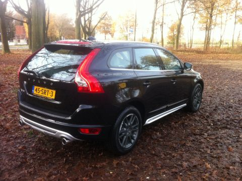volvo xc60 d3 r design 2011 gebruikerservaring autoreviews. Black Bedroom Furniture Sets. Home Design Ideas
