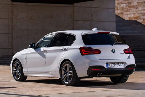 bmw 1 serie 120d xdrive m sport edition specificaties. Black Bedroom Furniture Sets. Home Design Ideas