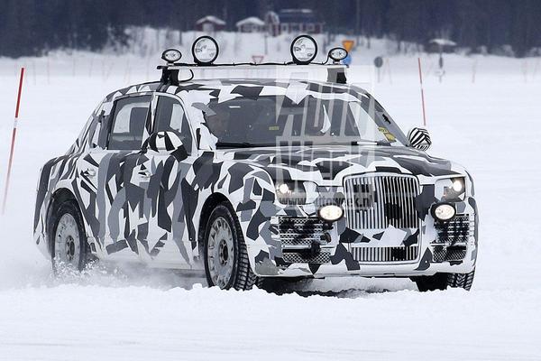 Gekloonde Rolls-Royce gesnapt