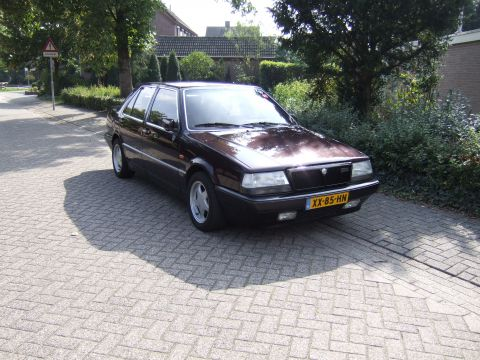 lancia thema 2 0 i e turbo 16v 1990 gebruikerservaring. Black Bedroom Furniture Sets. Home Design Ideas