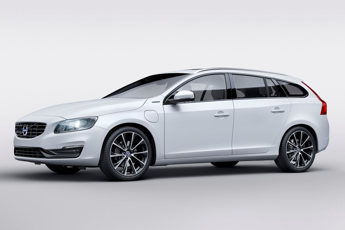 volvo v60 d5 twin engine 60 mille 7 procent autonieuws. Black Bedroom Furniture Sets. Home Design Ideas
