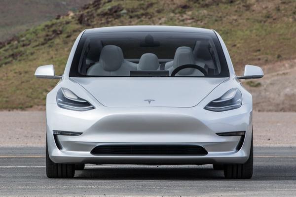 Tesla verrast met winst