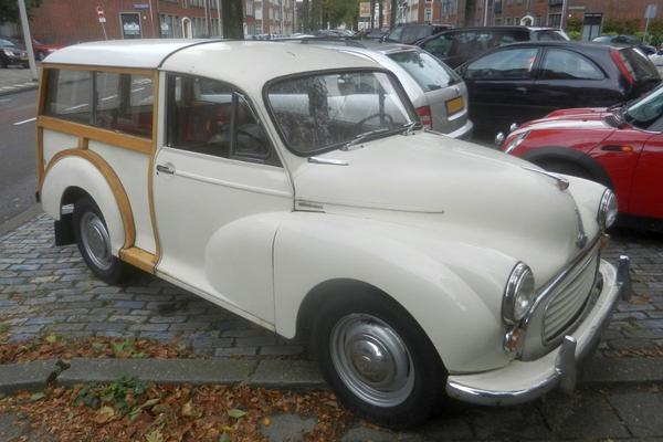 In het wild: Morris Minor 1000 Traveller