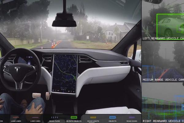 Tesla's meer autonoom dankzij update