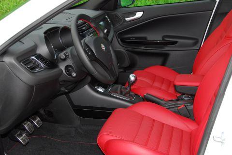 Alfa Romeo Giulietta 1.750 TBi Quadrifoglio Verde 2010