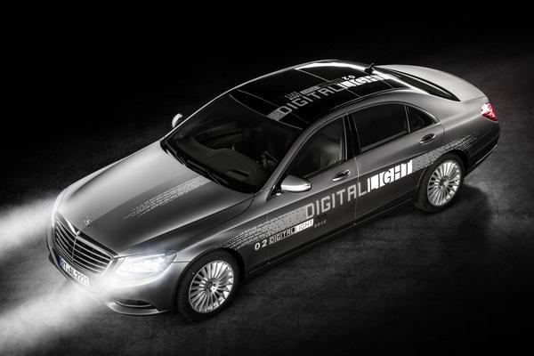 Mercedes toont Digital Light-verlichting