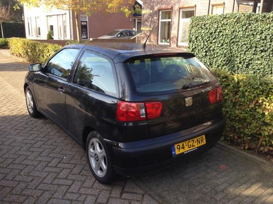 seat ibiza 1 4 16v s 2001 gebruikerservaring. Black Bedroom Furniture Sets. Home Design Ideas