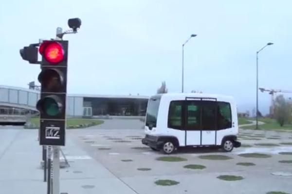 Zelfrijdende auto in Gelderland de weg op
