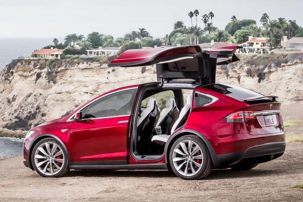 Bizar snelle Tesla's P100D hebben prijs