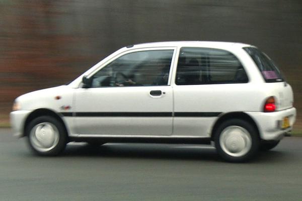 Subaru Vivio - Klokje Rond
