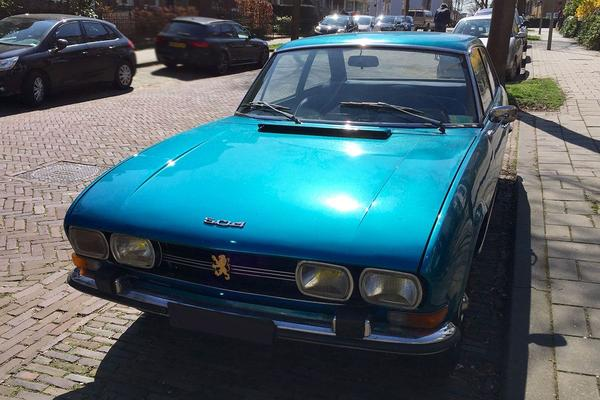 In het wild: Peugeot 504 Coupé (1973)