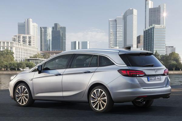 Opel Astra Sports Tourer onthuld