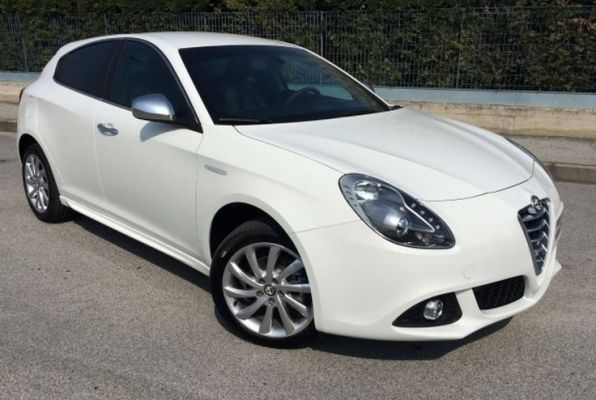 alfa romeo giulietta 1 4 turbo multiair 170 exclusive 2015 gebruikerservaring autoreviews. Black Bedroom Furniture Sets. Home Design Ideas