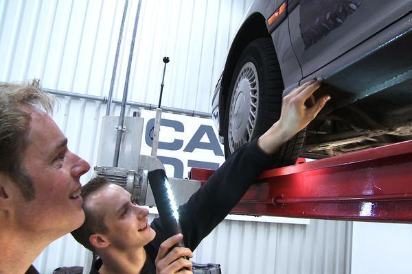 Video: Barrelbrigade: Klokje Rond Subaru Legacy