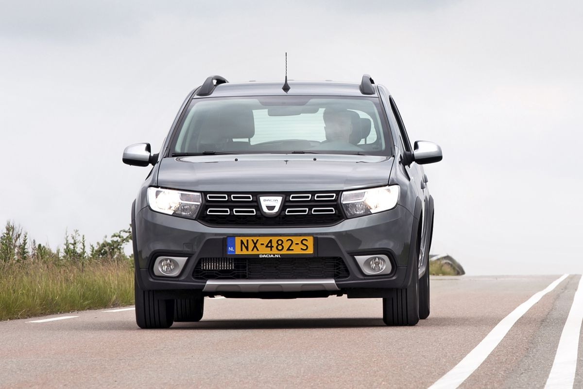 test dacia logan mcv tce 90 stepway. Black Bedroom Furniture Sets. Home Design Ideas