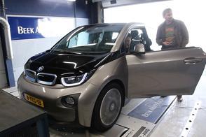 BMW i3 - Op de Rollenbank