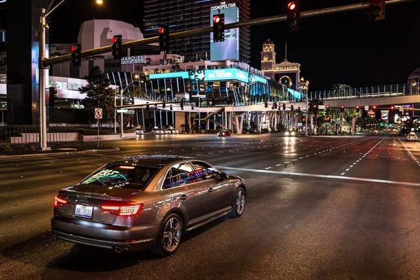 Audi babbelt met verkeerslichten