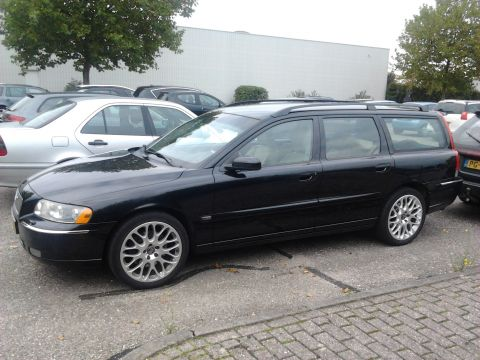 volvo v70 d5 summum 2005 gebruikerservaring autoreviews. Black Bedroom Furniture Sets. Home Design Ideas