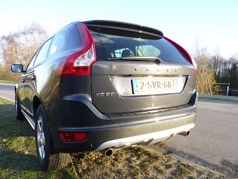 volvo xc60 d5 awd summum 2009 gebruikerservaring autoreviews. Black Bedroom Furniture Sets. Home Design Ideas