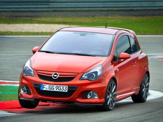 Opel schroeft Corsa- en Insignia-productie terug