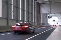 Ontdek Tesla's Tilburg Testtrack - AutoWeek LAB