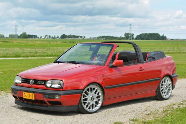 Video: Volkswagen Golf III VR6 Cabriolet Abt - Kloppend Hart