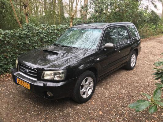 subaru forester 2 0 xt awd 2003 gebruikerservaring autoreviews. Black Bedroom Furniture Sets. Home Design Ideas