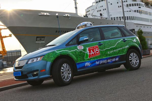BYD levert 22 elektrische taxi's aan Rotterdam