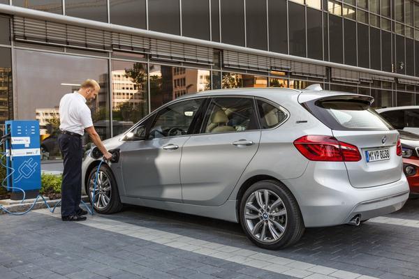 225xe Active Tourer is BMW's eerste plug-in mpv