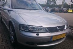 Opel Vectra 2.5i-V6 CDX