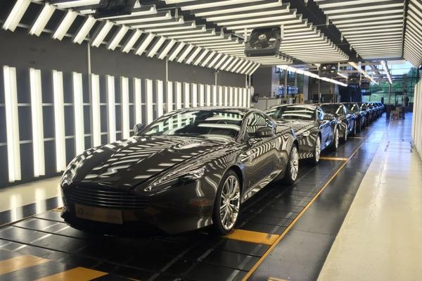 Doek valt voor Aston Martin DB9