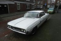 In het wild Oldsmobile Super 88 (1962)