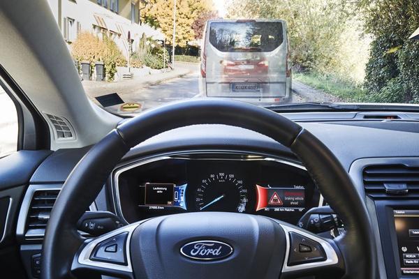Ford wil stoplichten omzeilen