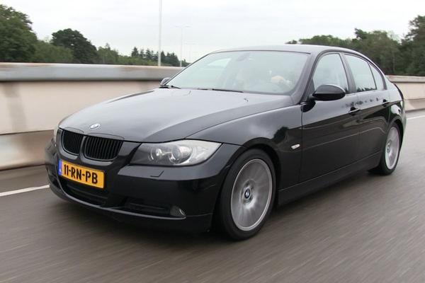 Video: Klokje Rond - BMW 320D (2005 - 343.000 km)