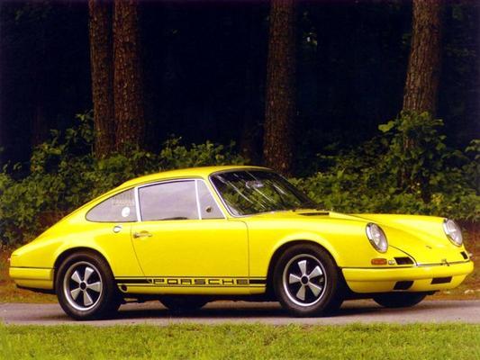 'Porsche 911 R met handbak op komst'