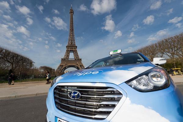 Vloot Hyundai's ix35 Fuel Cell naar Parijs