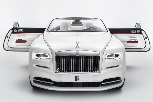 Rolls-Royce Dawn als modepopje