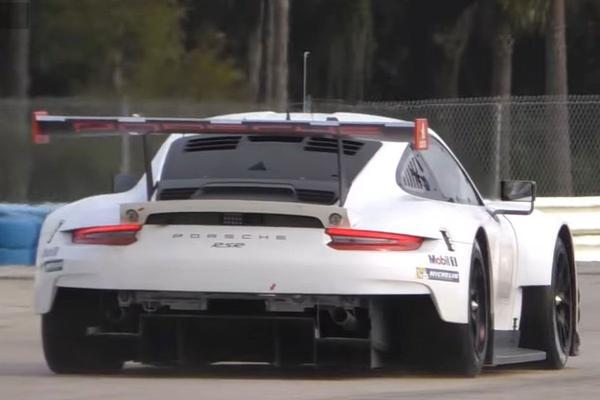 Spionage: Porsche 911 RSR