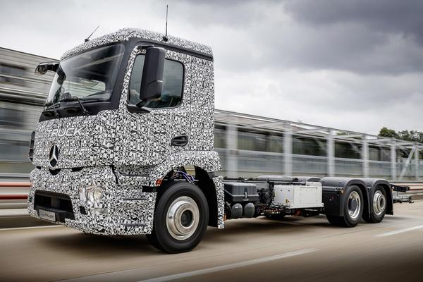 26 tons EV: Mercedes-Benz Urban eTruck