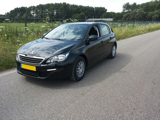 peugeot 308 access 1 6 bluehdi 120 2014 gebruikerservaring autoreviews. Black Bedroom Furniture Sets. Home Design Ideas