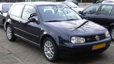 Volkswagen Golf 2.3 V5 Highline 2001