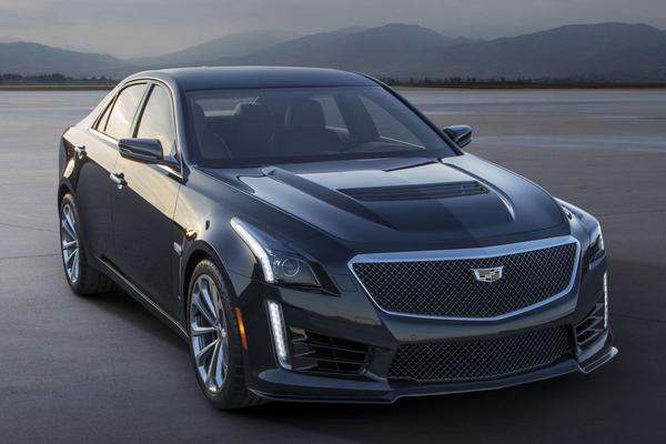 Cadillac CTS-V lacht om BMW M5 en E 63 AMG